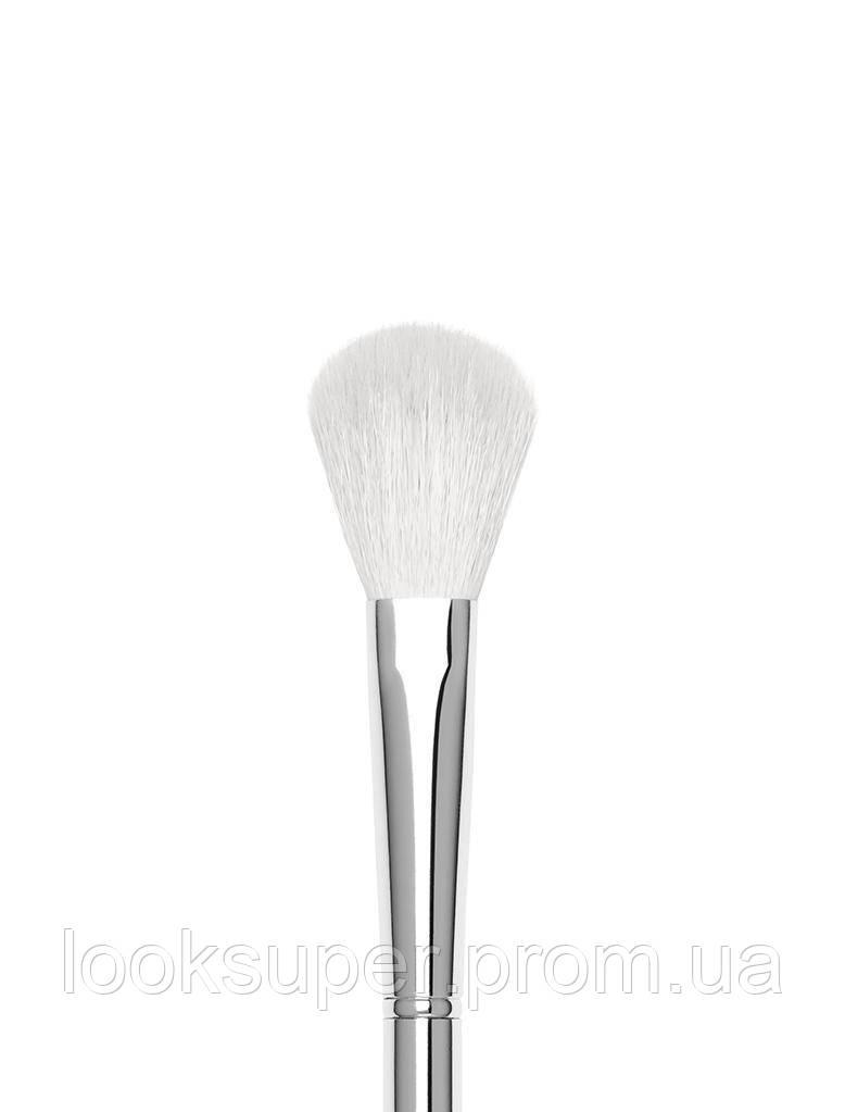 Маленькая пушистая кисть Kylie Cosmetics 8 SMALL FLUFF BRUSH