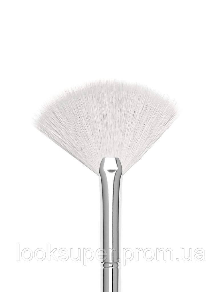 Веерная кисть для лица Kylie Cosmetics #9 FAN BRUSH