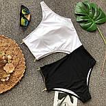 Женский сдельный купальник черно-белый на одно плечо 6818212, фото 2