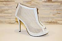 Босоножки женские белые на каблуке Б514