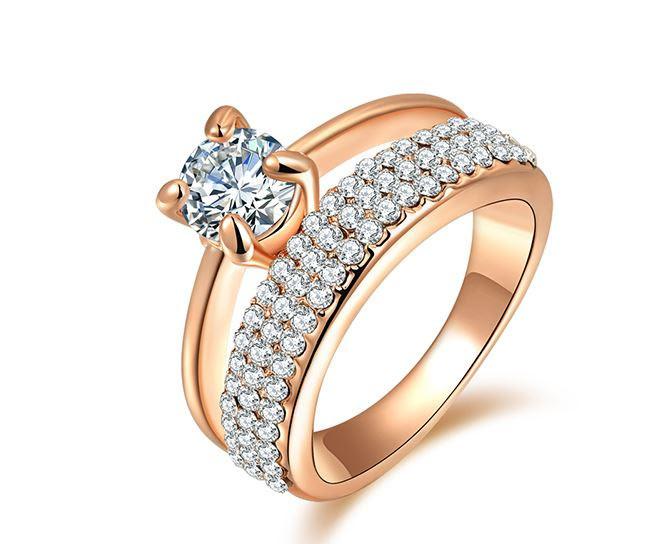 Позолоченное женское кольцо с кристаллами код 972