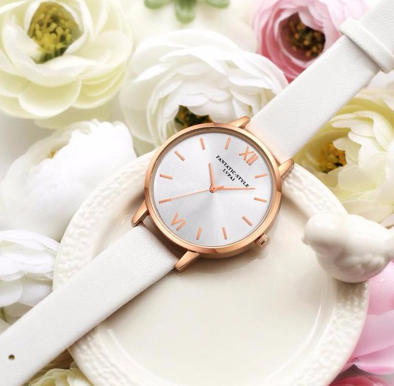 Наручные женские часы c белым ремешком код 381