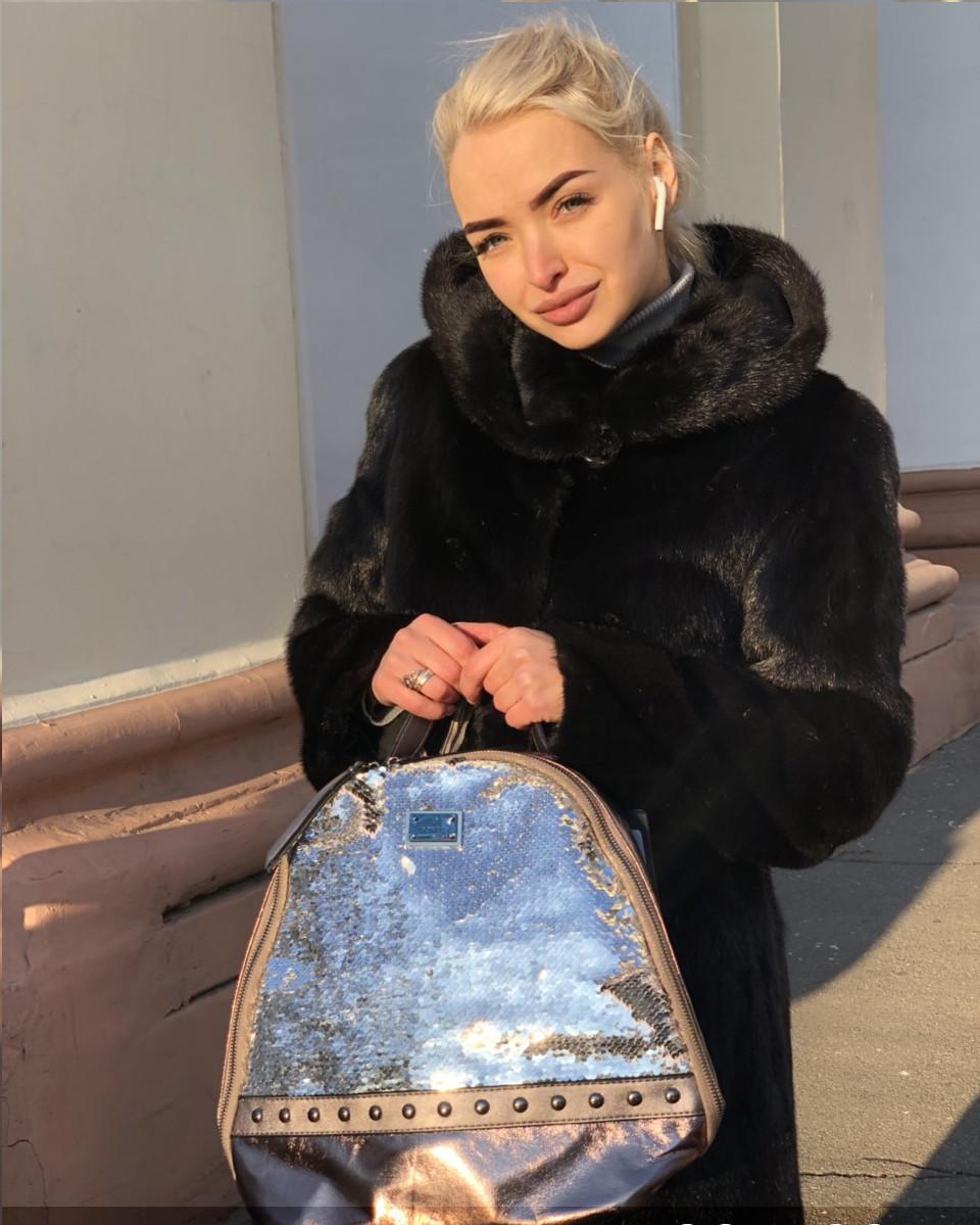 Модный бежевый женский рюкзак с паетками код 7-45
