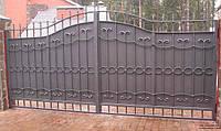 Ворота из металла с элементами ковки