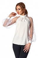 Нарядная женская блуза свободного силуэта, молочного цвета