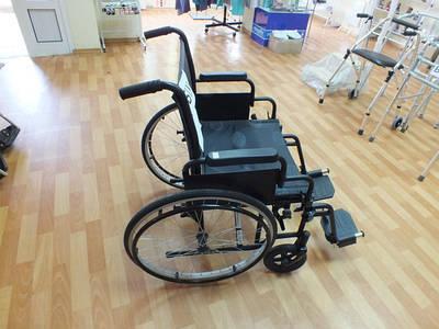 Б\У коляски, ходунки , средства реабилитации