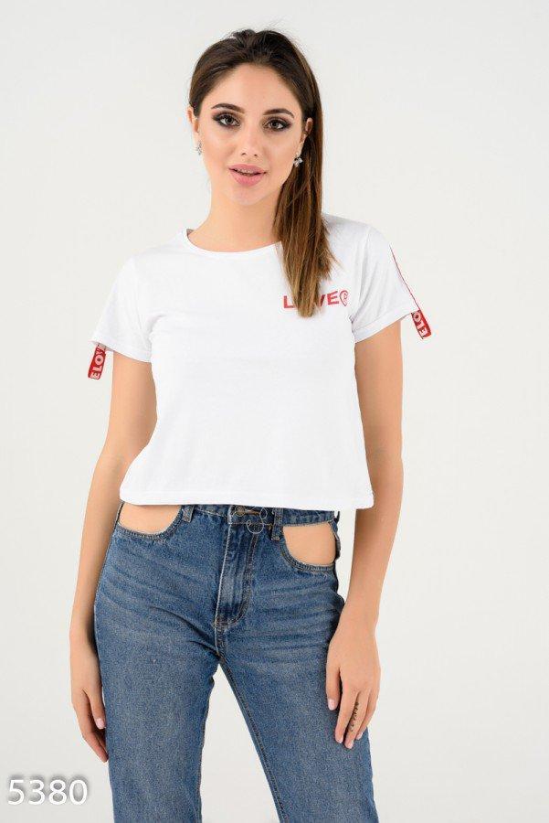 Белая короткая футболка    Код - 5380