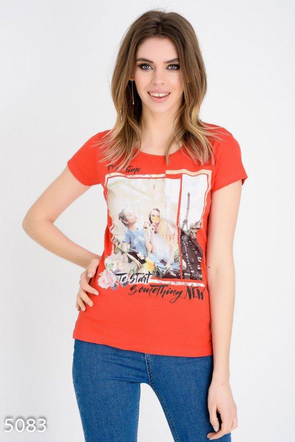 Красная футболка     Код - 5083