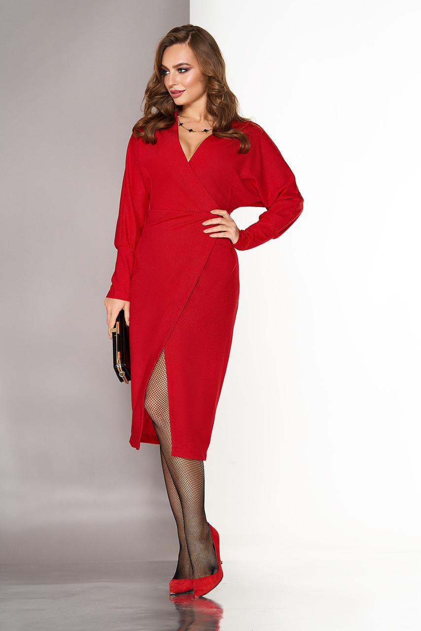 """Вечернее платье-халат """"L-151"""" с глубоким вырезом декольте, выполнено на ложный запах (красный)"""