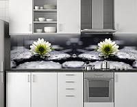 Пластиковый кухонный фартук ПВХ Хризантемы на черных камнях, стеновые панели пластик скинали фотопеча, Цветы, фото 1