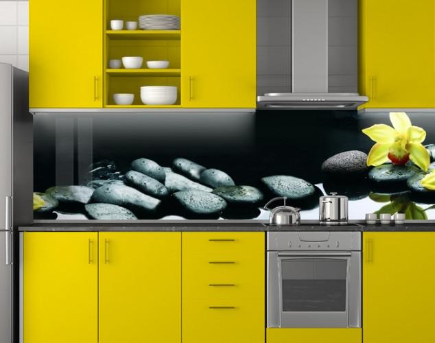 Пластиковый кухонный фартук ПВХ Черные камни и желтая орхидея, стеновые панели пластик скинали, Цветы, черный