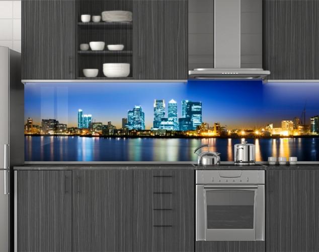 Пластиковый кухонный фартук ПВХ Отражение огней города, стеновые панели пластик скинали фотопечать, синий
