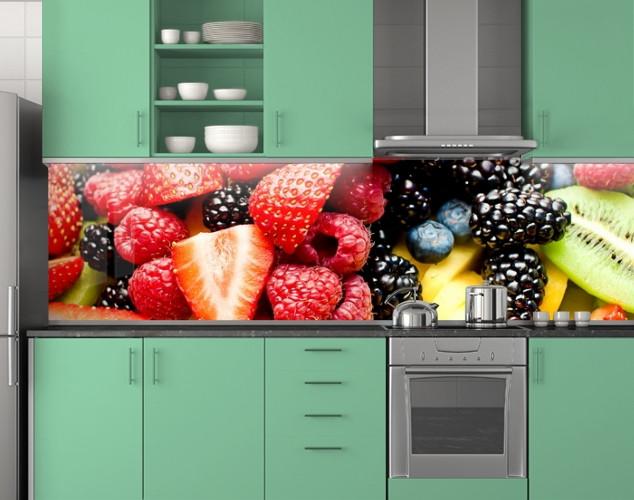 Пластиковый кухонный фартук ПВХ Клубника и Ежевика, стеновые панели пластик скинали фотопечать, ягоды, красный