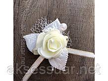 Бутоньерка роза