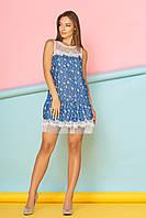 """Приталенное летнее платье выше колен с цветочным принтом и кружевом """"Зефира"""" 13, темно-синее"""