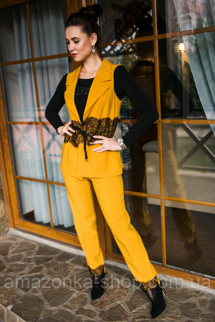 5fa1d77a33fa Нарядный женский костюм с вышивкой - модель 2019 - Код км-280 - Купить  Летние женские ...