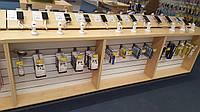 Витрина-стол для магазинов мобильных телефонов и аксессуаров