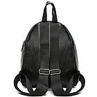 Рюкзак женский PU чёрный кожзам в форме Капля с красочно оформленным замком, фото 3