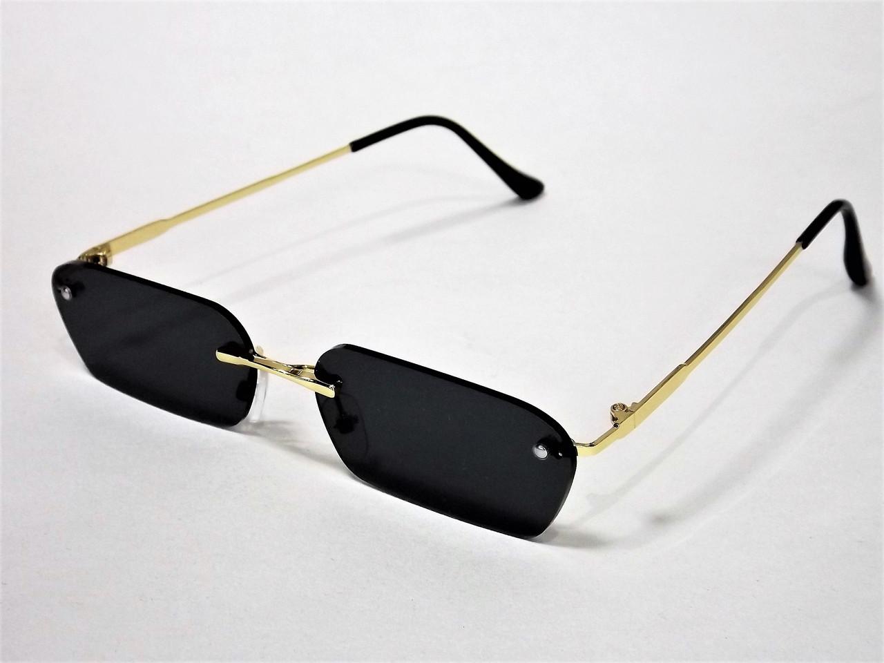 ffe3353e8c8c Очки солнцезащитные прямоугольные черные с золотом - интернет-магазин