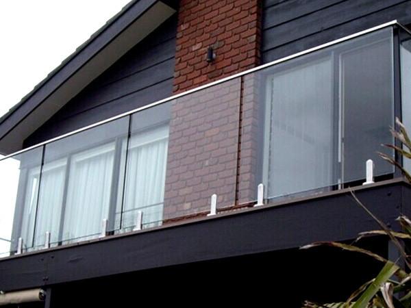 Картинки по запросу Стеклянные ограждения для балкона