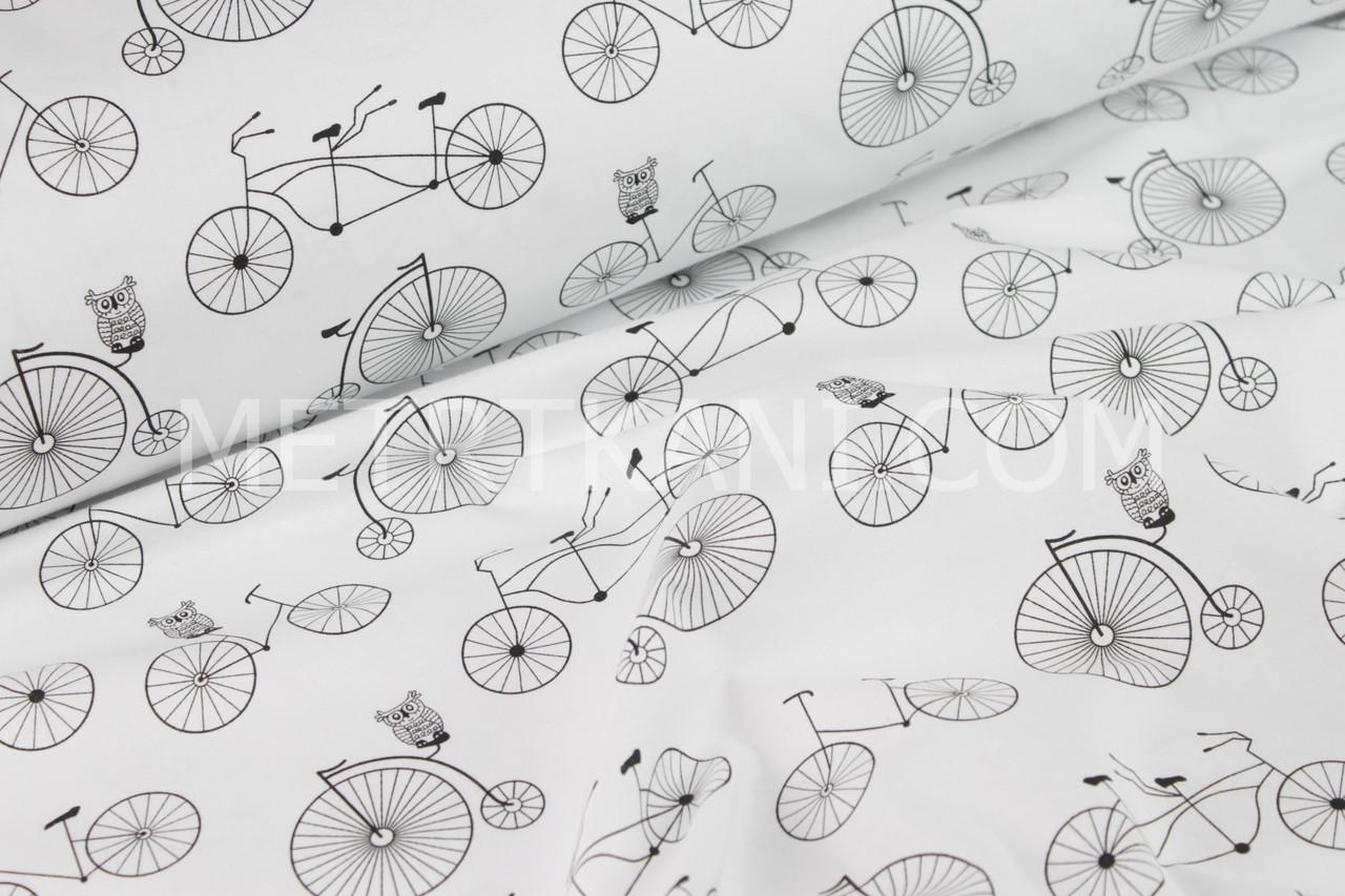 Бавовняна тканина з чорними совами на велосипедах №67