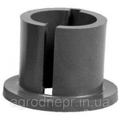 Втулка цапфы МТЗ верхняя (пластик) 70-3001102-А