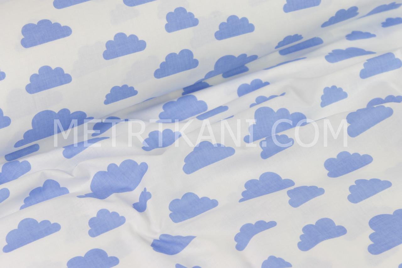 Тканина бавовняна з темно-блакитними хмарами на білому тлі №419