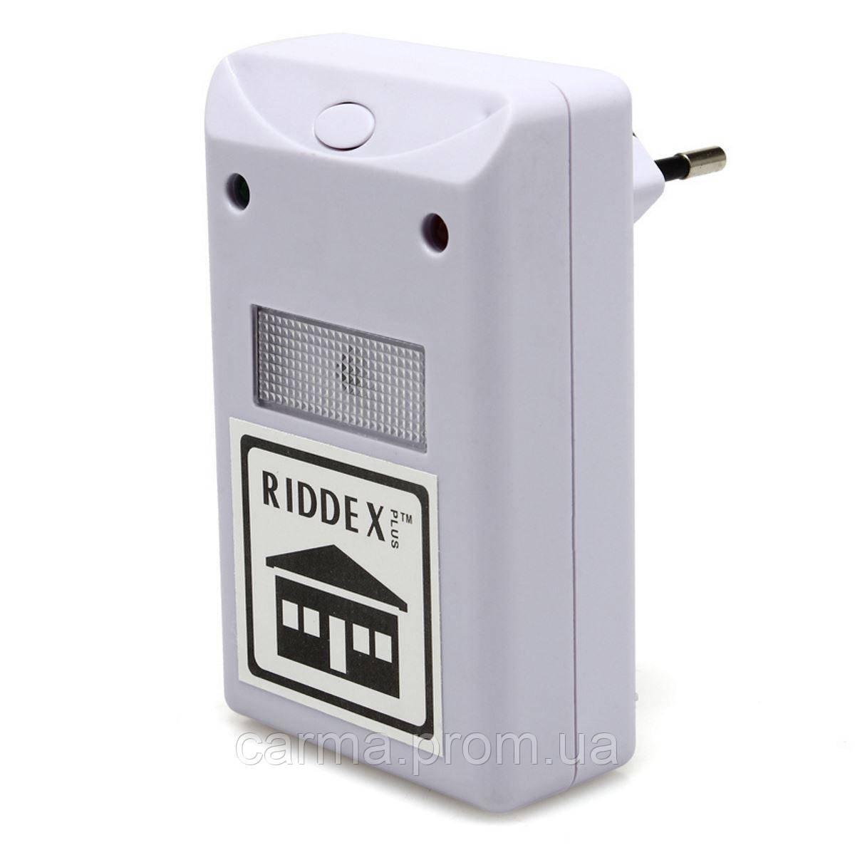 Электромагнитный отпугиватель грызунов и насекомых Riddex Plus Pest Repelling Aid