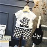 Костюм футболка и шорты June Kids Усы и шляпа рост 122 см белый+черный 06035/02