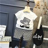Костюм футболка и шорты June Kids Усы и шляпа рост 122 см белый+черный 06035/02, фото 1