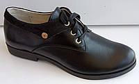 Туфли женские на удобном каблуке из натуральной кожи черного цвета от производителя модель ДИС373Ч