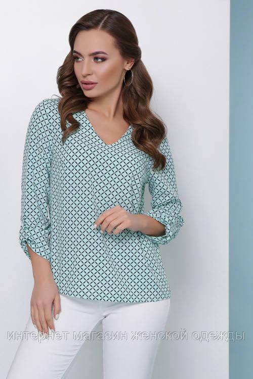 Женская легкая блузка свободного кроя хлястиком на рукавемята