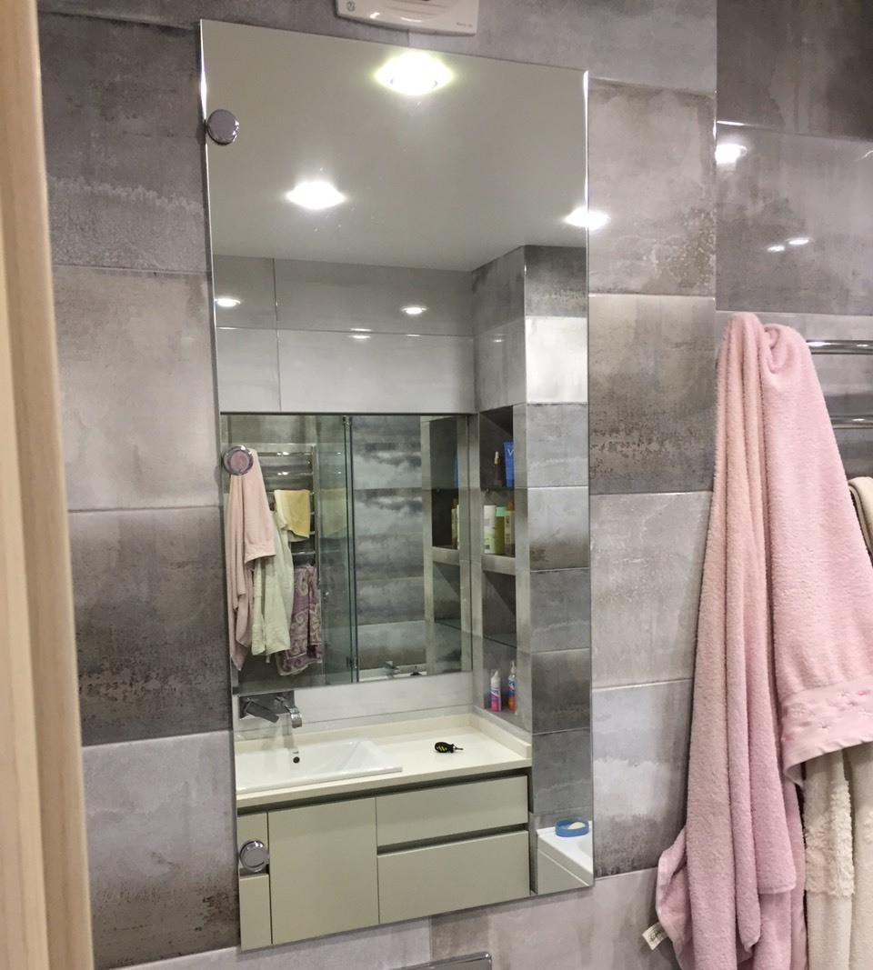 Зеркало для ванной комнаты в прирезке