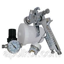 Набор покрасочный пневматический H-827 с регулятором воздуха, тип HVLP верхний пластиковый бачок, диаметр форсунок-1,4 и 1,7 мм AUARITA