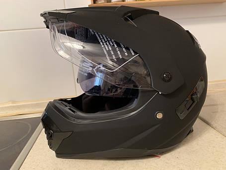 Черный матовый эндуро мото шлем с визором и с дополнительными солнцезащитными очками, фото 2