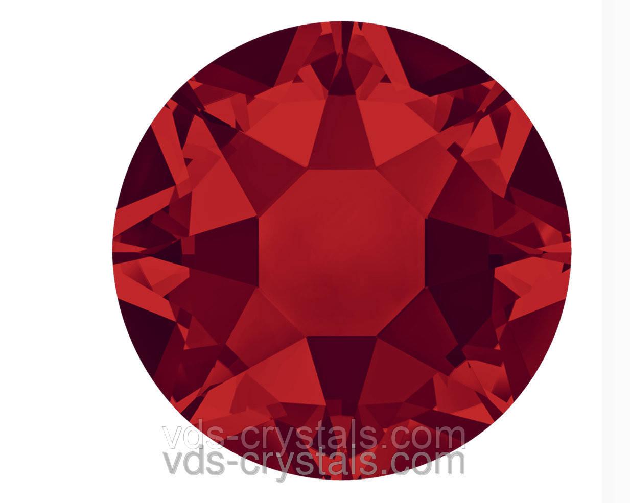 Камені Сваровські клейові холодної фіксації 2088 Light Siam F (227) 12ss (упаковка 1440 шт)