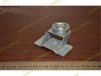 Ролик стеклоподъемника Ваз 2104 2105 2107 с кронштейном большой