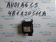 Привод заслонки печки VAG 4B1820511A