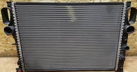 Радиатор Mercedes E W211 CLS(C219) 2.2-3.5 с 2004 640*473