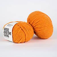 Толстая перуанская пряжа Crazy Sexy Wool (200 грамм/ 80 м)- Wool And The Gang™ - цвет Оранжевый