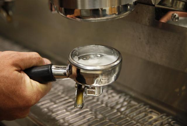средство для чистки кофейного налета с заварочных групп, клапанов, контура