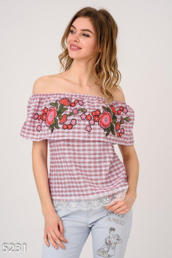 Бордовая клетчатая блузка с открытыми плечами Код - 5231
