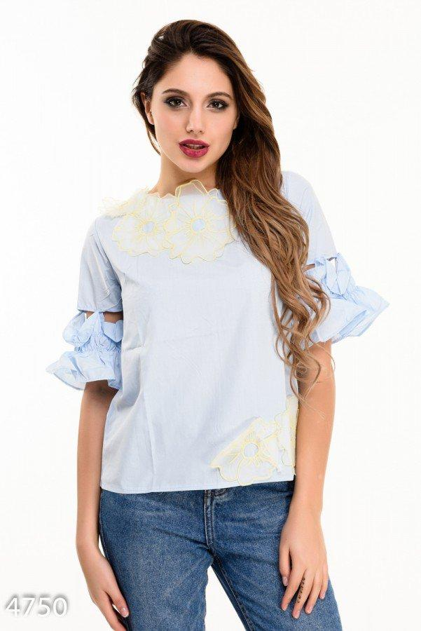 Голубая блуза с короткими рукавами-воланами  Код - 4750
