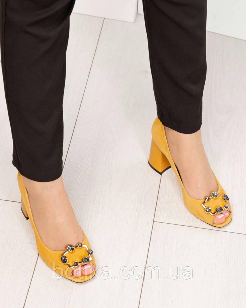 bcb7668a8 Элитные горчичные и темно-синие замшевые женские туфли из итальянского  велюра, цена 2 500 грн., купить в Запорожье — Prom.ua (ID#943238322)