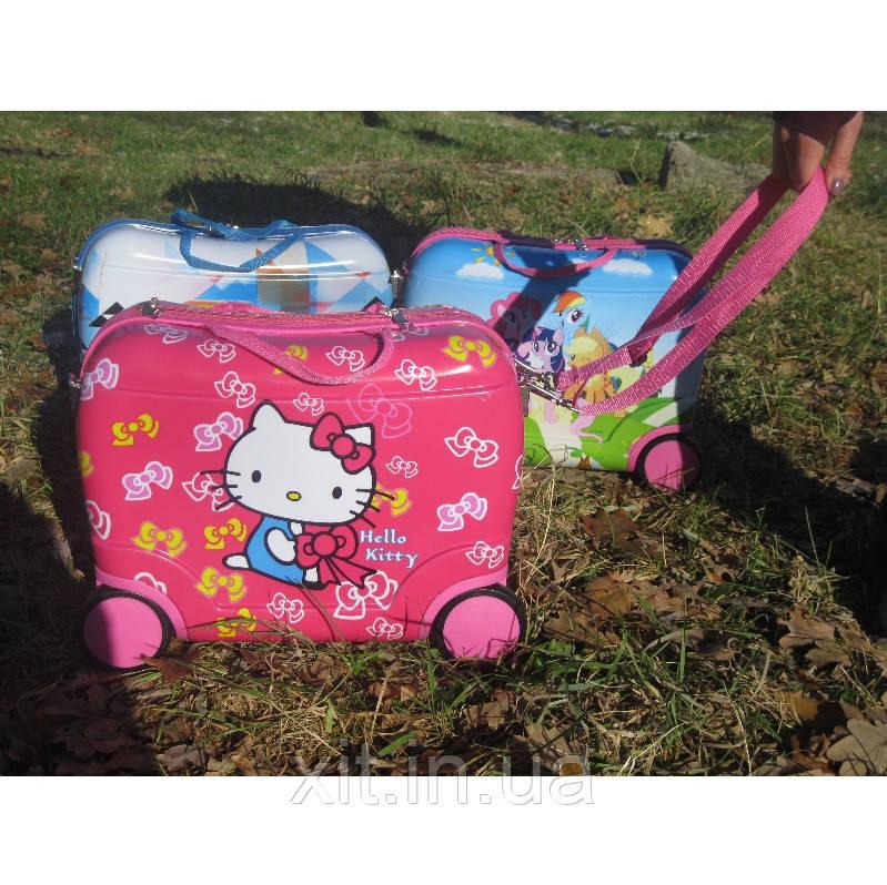 Чемодан каталка Hello Kitty