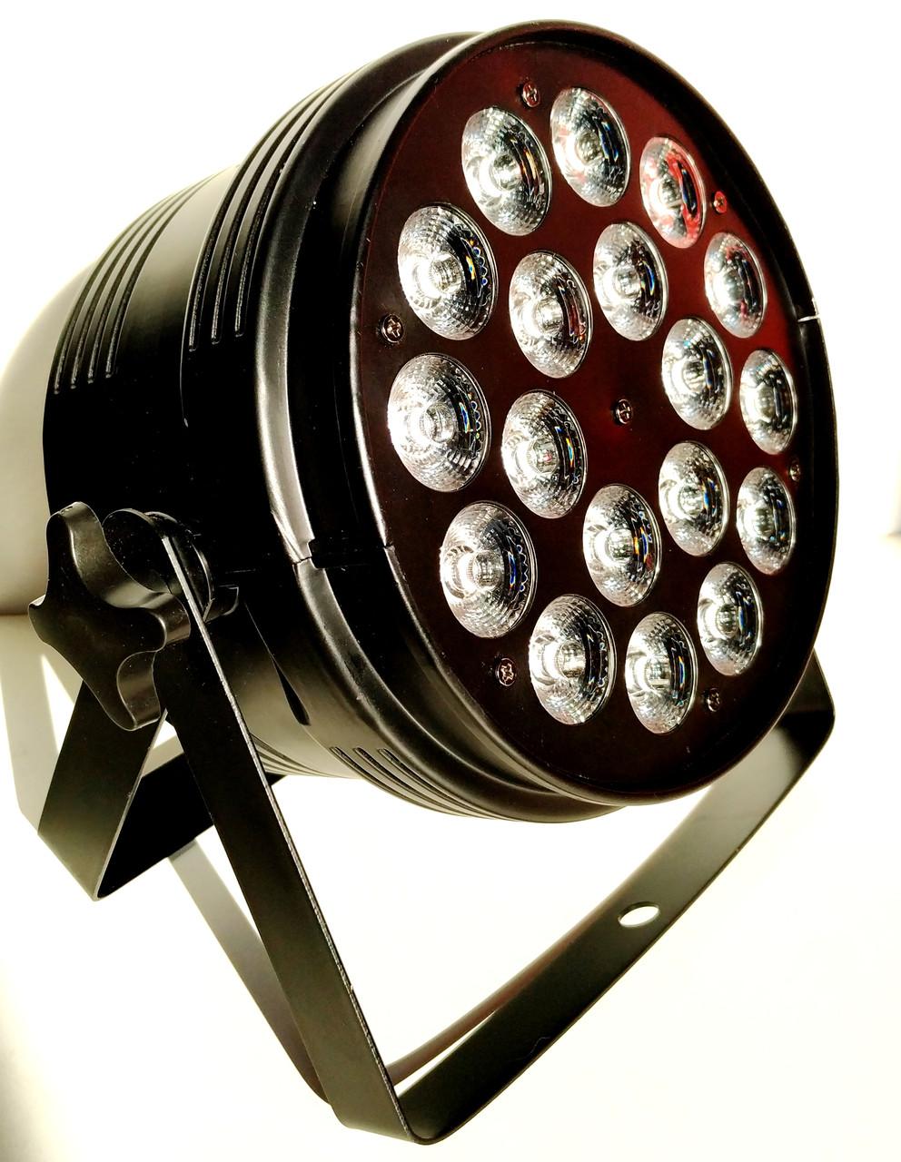 Светодиодный прожектор заливочного света Led par 18x10 RGBW 4в1