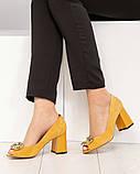 Элитные горчичные замшевые женские туфли из итальянского велюра, фото 5