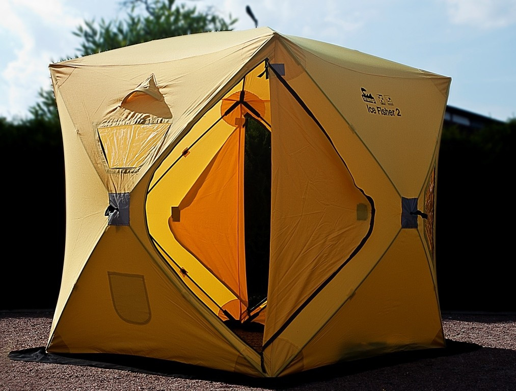 Намет Tramp Ice Fisher 2. Палатка туристическая. Намет туристичний