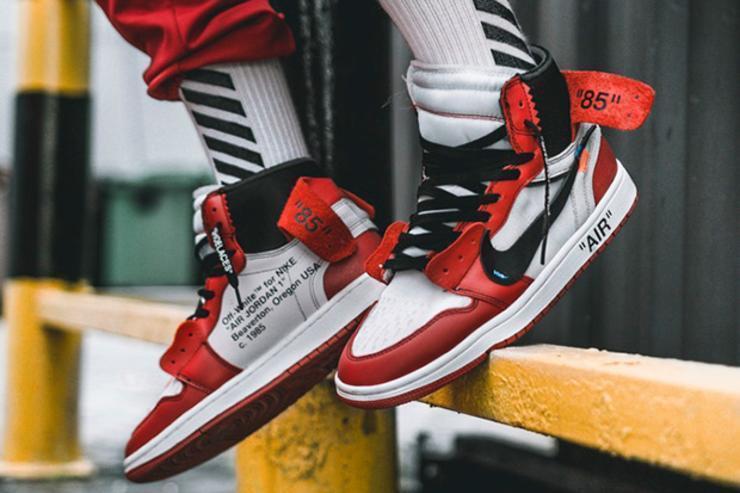 Мужские кроссовки в стиле Nike Air Jordan 1 off-white Red (Реплика ААА+)