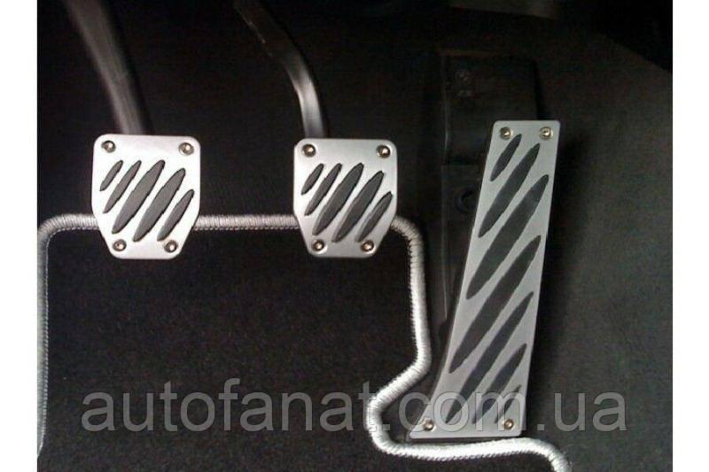Оригинальные накладки на педали BMW 5 (G30) Performance с (МКПП) (35002232276)